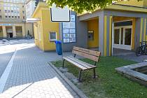 V Nemocnici Třinec byl nově nainstalován bankomat.