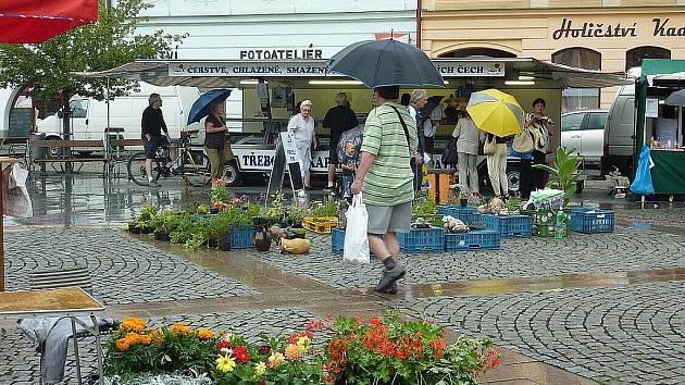 Ve Frýdku-Místku se ve čtvrtek 30. června uskutečnily první Beskydké farmářské trhy.