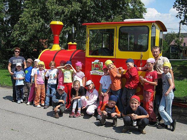 V loňském roce si to děti o prázdninách zamířily přímo na Hukvaldy.