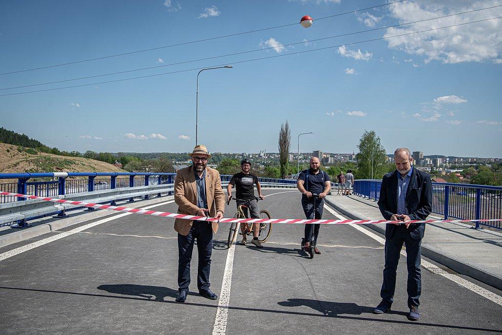 Dva nové mosty na obchvatu města dokončil Frýdek- Místek v květnu 2021.