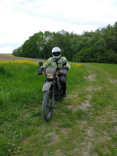 Policisté budou vlesích vBeskydech kontrolovat neukázněné majitele terénních motocyklů a čtyřkolek.