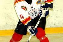 Frýdecko-místecký hokejista Martin Zapletal vstřelil Studénce tři branky.