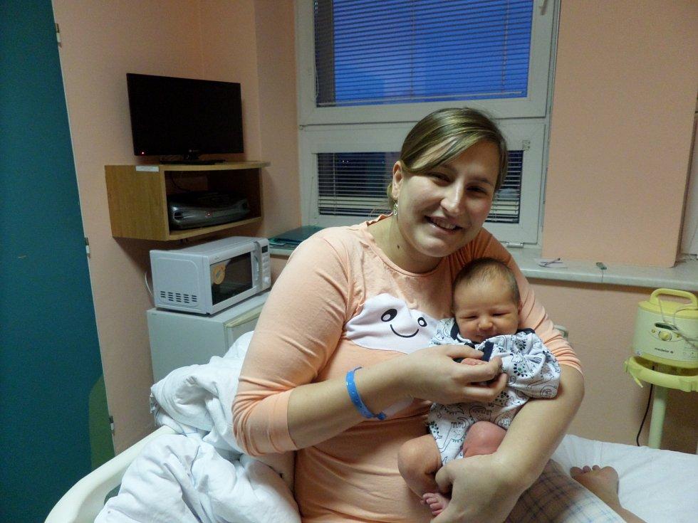 Lukáš Kubičina s maminkou, Třinec - Nebory, nar. 4.12., 52 cm, 3,66 kg, Nemocnice Třinec.