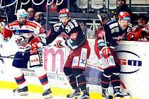 Hokejová extraliga - 1. čtvrtfinále play-off: Třinec .- Pardubice.