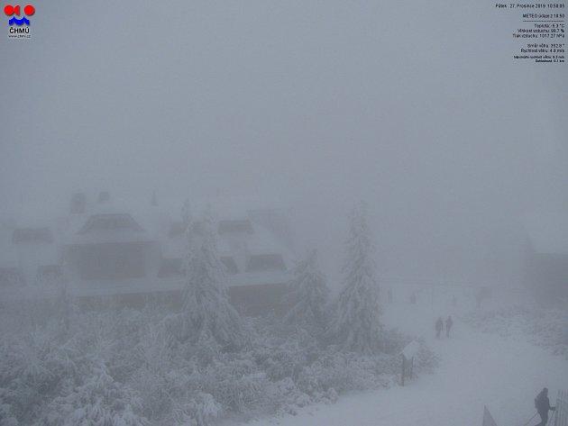 Lysá hora - snímek zwebové kamy ČHMÚ, 27.prosince 2019.