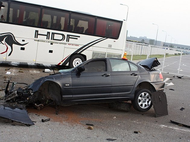 Hrozivě vypadající nehoda měla šťastný konec