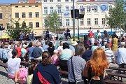 Na náměstí Svobody vystoupily soubory z tuzemska i zahraničí.
