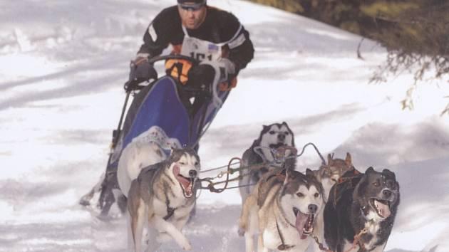 Štěpán Krkoška se svým psím spřežením.