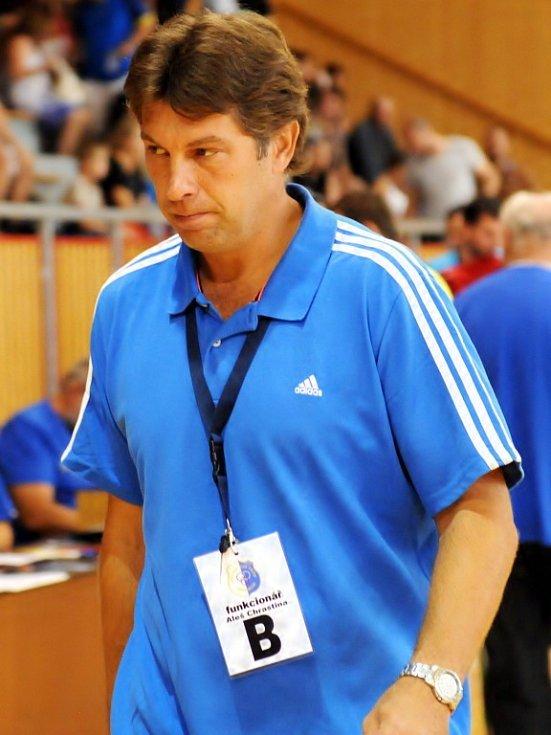 V prvním letošním extraligovém vystoupení nedali házenkáři Frýdku-Místku svému soupeři z Přerova šanci, když zvítězili vysoko 37:26.