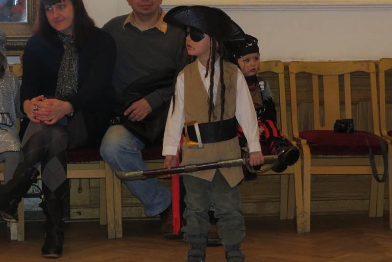 Karneval pro děti hostil v neděli odpoledne Národní dům ve Frýdku-Místku.