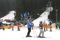Málo slunečných dní zaznamenali také ve Ski areálu Bílá. Jinak byli s návštěvností spokojeni.