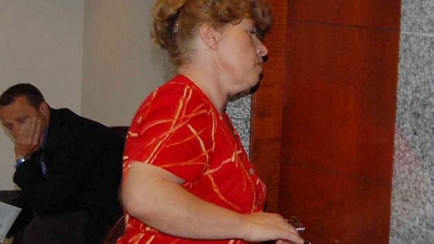 Dana Bartulcová na archivním snímku. Žena je pravomocně odsouzena za více než sto podvodů, vězení se však vyhýbá.