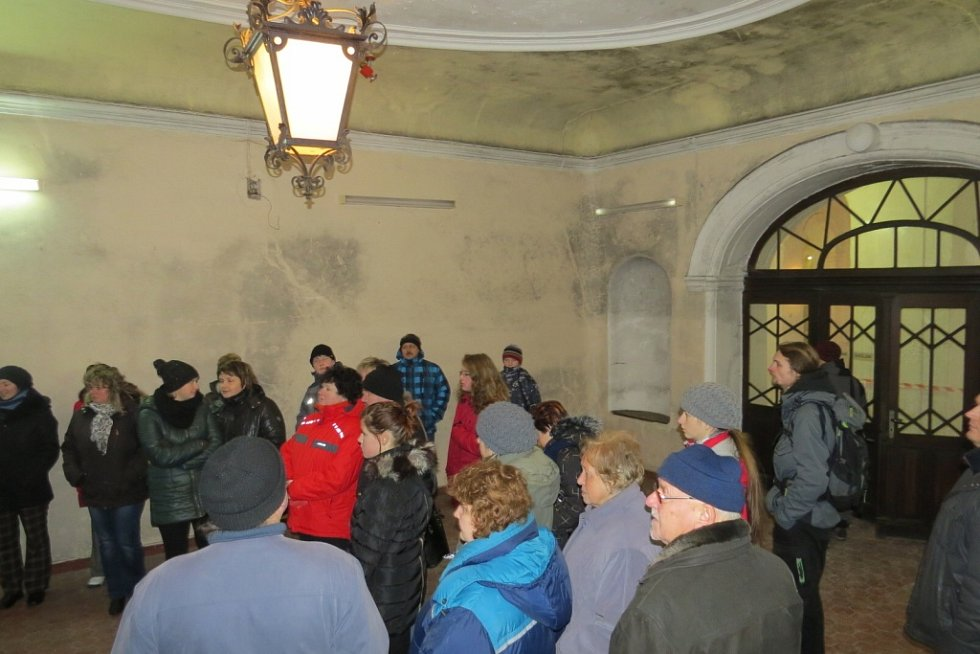 Zájemci si mohli prohlédnout chátrající zámek v Paskově.