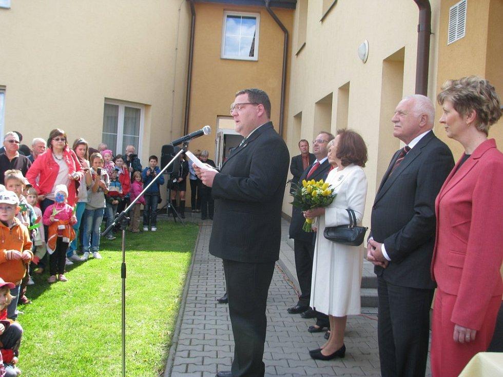 Prezident Václav Klaus navštívil ve středu odpoledne společně s manželkou Sviadnov.