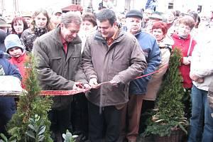 Součástí Vánočního jarmarku Souznění v Kozlovicích bylo i otevírání nového Valašského pivovaru spojeného s ochutnávkou nového kvasnicového piva.