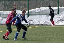 Posledním herním testem před jarním prologem druhé fotbalové ligy pro fotbalisty druholigového Třince bylo střetnutí s Frýdkem-Místkem. Výstavní trefou je rozhodl záložník Fizek, který vloni hrával právě ve Stovkách.