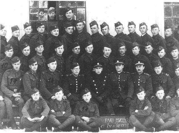 Posádka 8.pěšího pluku.
