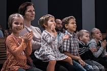 Děti v Jablunkově se mohou těšit na divadlo. Ilustrační foto.