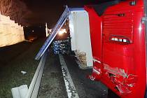 Nehoda kamionu v Bocanovicích.