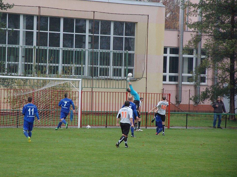 Závěr podzimu fotbalstům Dobratic nevyšel. Nováček I. A třídy prohrál na hřišti albrechtického Baníku 1:4.