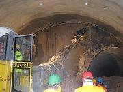 Horní část zříceného tunelu v Mostech u Jablunkova.