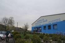 V této prodejně v Kunčičkách u Bašky se mělo závadné maso vyskytnout.