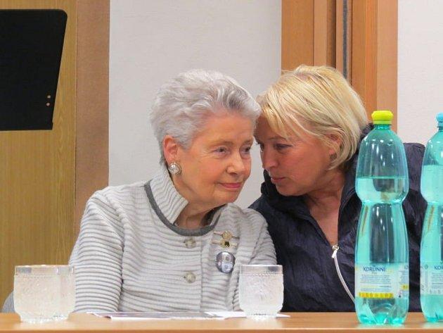 Velice vzácnou návštěvu měla v pátek 25. dubna odpoledne Základní umělecká škola duchovní hudby ve Frýdku-Místku. Zavítala sem totiž hraběnka Mathilde Nostitzová.