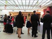 V sobotu 17. února proběhl v třineckém kulturním domě Trisia již tradiční Valentýnský ples.