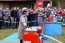 Dvaačtyřicet družstev přijelo do Lukavce, místní části Fulneku, na čtrnáctý ročník hasičské soutěže.