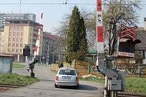 Poblíž tohoto místa v Lyžbicích má vzniknout podjezd za desítky milionů korun.