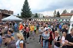 Areál bývalé textilky ve Staroměstské ulici ve Frýdku ožil dalším ročníkem festivalu Pivopění.