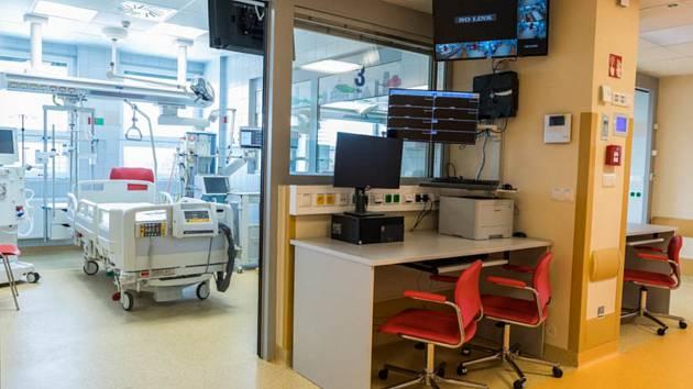 Třinecká nemocnice zrekonstruovala jednotku intenzivní péče.