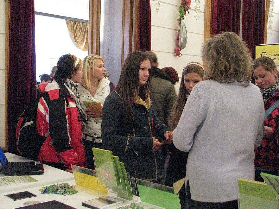 Národní dům ve Frýdku-Místku v úterý 3. listopadu hostil Trh vzdělávání.
