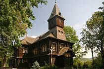 Bystřice - kostel Povýšení sv. Kříže.