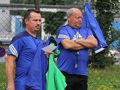 Zkušený trenér Leoš Kalvoda (vpravo) se již ujal taktovky ve frýdecko-místeckých Stovkách.