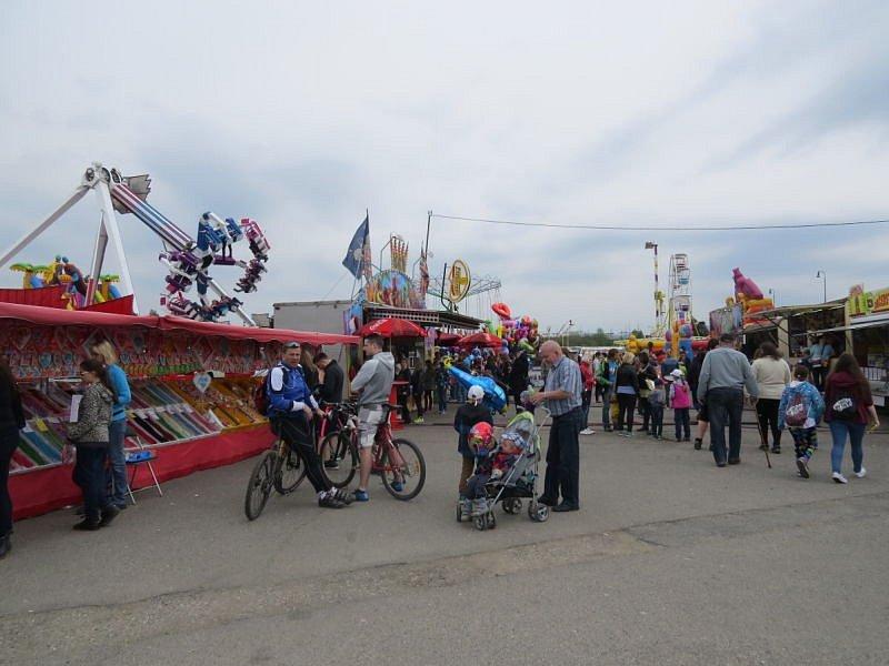 Davy lidí si o víkendu nenechaly ujít tradiční pouť v Dobré.