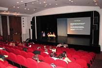 Sesterská sekce sympozia v Nové scéně Vlast.