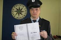 Z padělání a pozměňování veřejné listiny obvinili frýdecko-místečtí policisté 38letou ženu, která už dříve stanula před soudem kvůli nedovolenému podnikání. Vydávala se za advokátku.