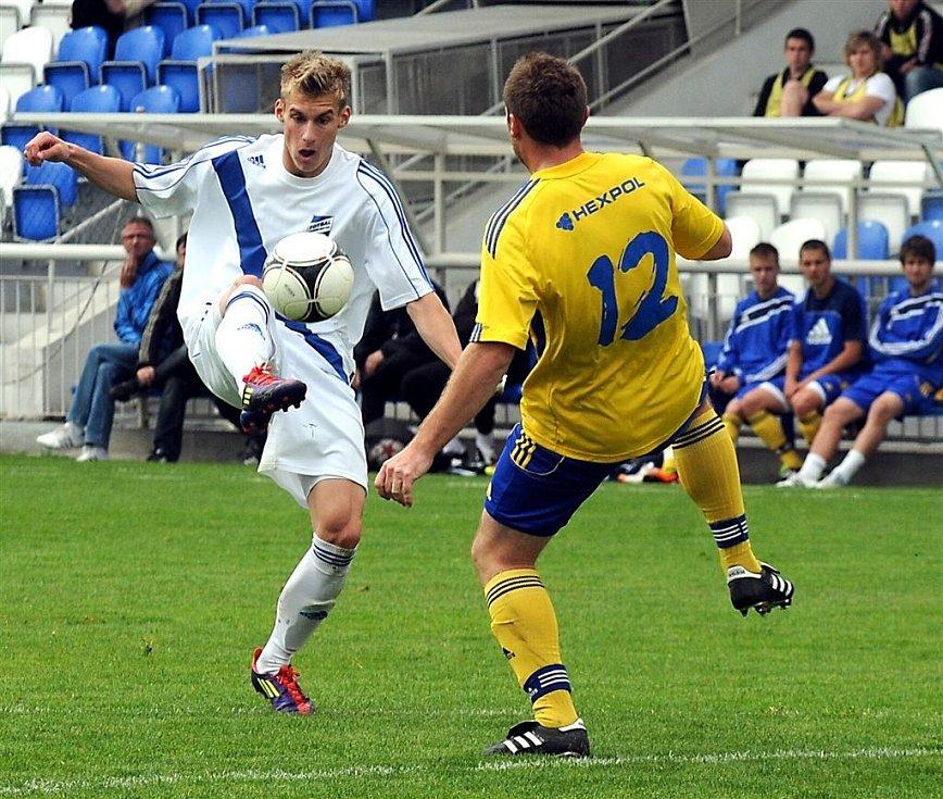 Třetiligoví fotbalisté Frýdku-Místku zdolali v domácím prostředí Uničov 2:0.