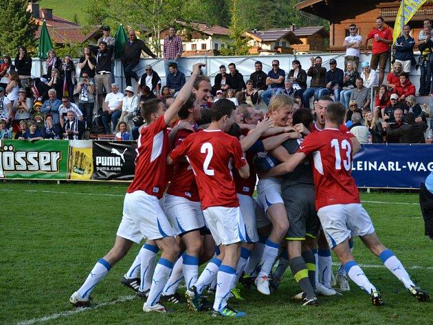 Fotbalisté 1. BFK Frýdlant nad Ostravicí si z mistrovství Evropy amatérských týmů přivezli nejen druhé místo, ale i spoustu nezapomenutelných zážitků.