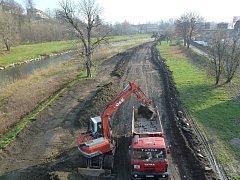 Úprava mezihrází na řece Ostravici. Ilustrační foto.