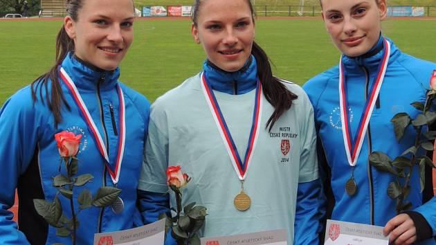 Úspěšné atletky TJ Slezan Frýdek-Místek, které triumfovaly na MČR v běhu na 10 000 metrů.