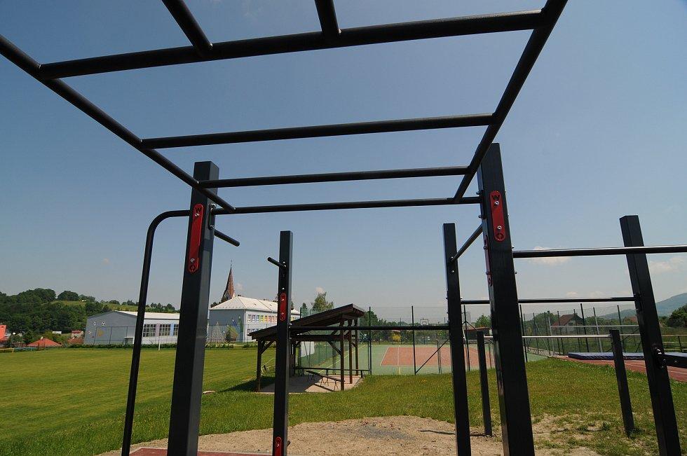 Workoutové hřiště v Janovicích.