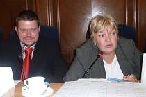 Primátorka Frýdku–Místku Eva Richtrová vysvětlovala zastupitelům, jaká opatření čekají město kvůli ekonomické krizi.