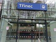 Železniční stanice v Třinci je z roku 1958.