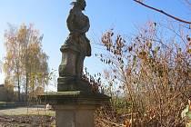 Nedávno přemístěná socha trpícího Krista.