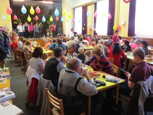 Klub Míša, který organizuje na Frýdecko-Místecku akce pro děti se zdravotním postižením, slaví 15 let své existence.
