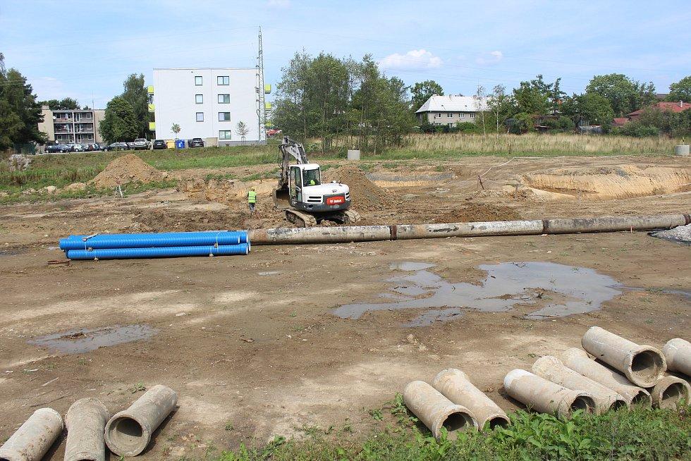 Stavba obchvatu Frýdku-Místku poblíž Palkovické ulice.