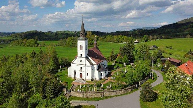 Kostel sv. Ignáce zLoyoly vMalenovicích
