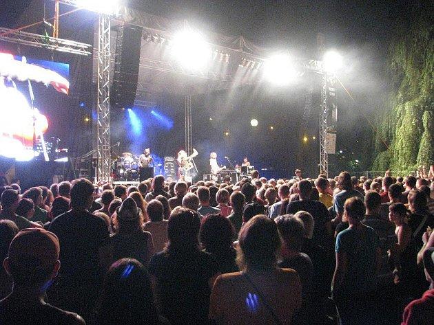 Čtvrtý ročník festivalu Beskydy sound si nenechalo ujít ais čtyři tisíce návštěvníků.